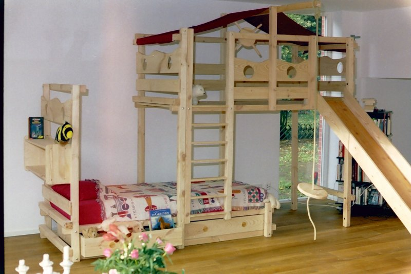 hochbett kinderbett etagenbett babybett abenteuerbett. Black Bedroom Furniture Sets. Home Design Ideas